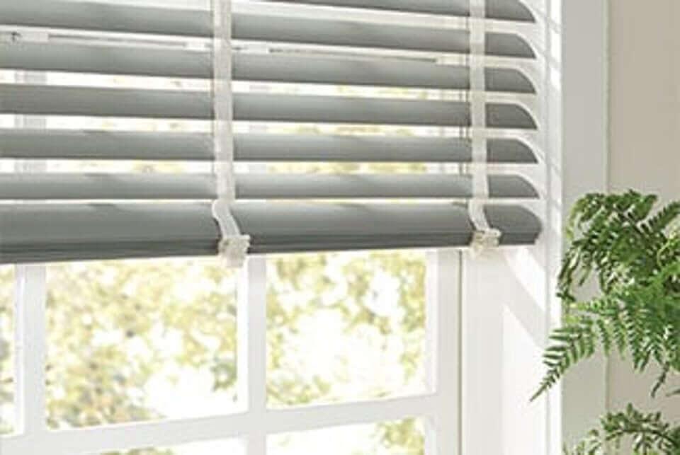 blinds 9